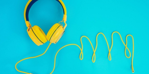 How to Find and Listen to Great Podcasts